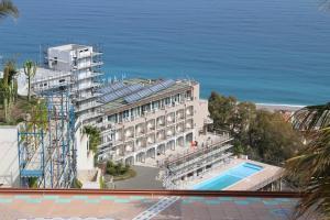 Hotel Olimpo - Le Terrazze e Hotel Antares di Letojanni - Fassa Bortolo