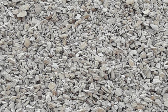 STABILIZZATO: Calcare in pezzatura ottenuto dalla frantumazione di materiale misto roccia carbonatica.