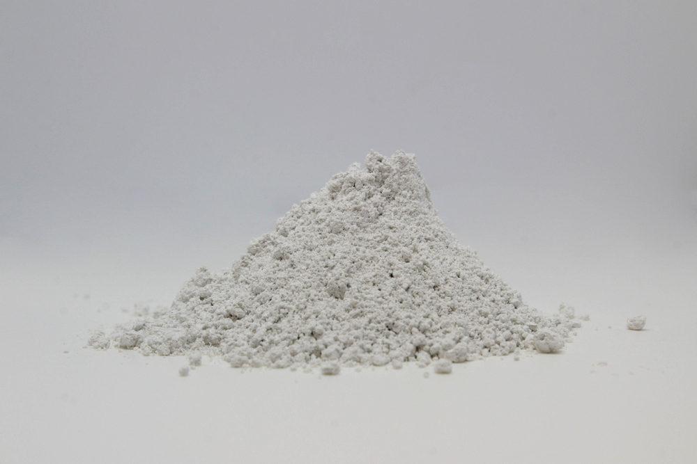 GESSO EMIDRATO FINE: Gesso cristallino di elevata purezza e qualità proveniente da giacimenti sotterranei.