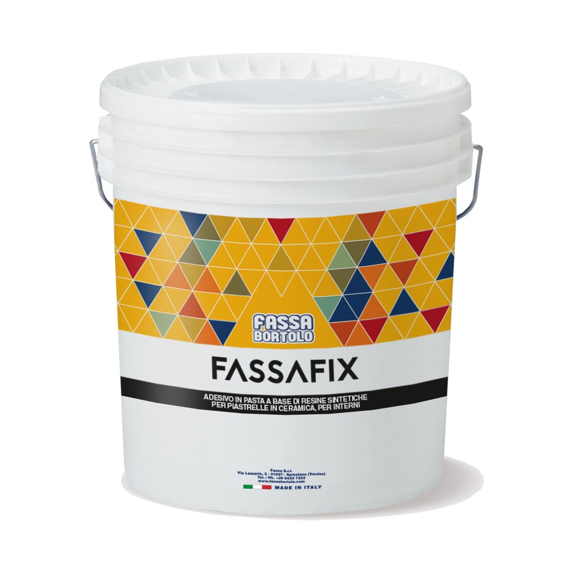 FASSAFIX: Adesivo bianco in pasta pronto all'uso per l'incollaggio a parete di piastrelle ceramiche di medio formato in interni